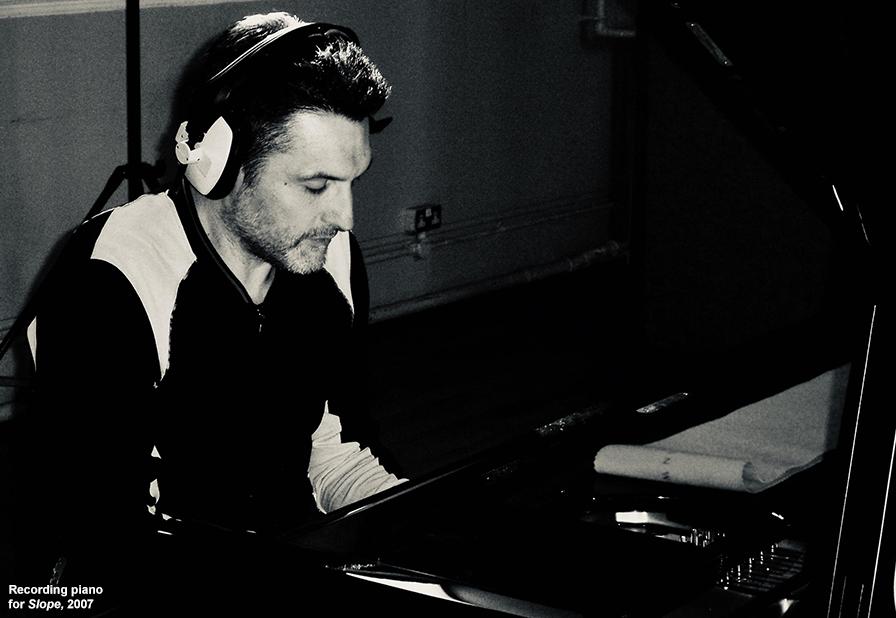 pianoslope.jpg